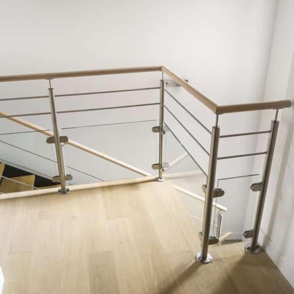 garde-corps pour escalier en bois
