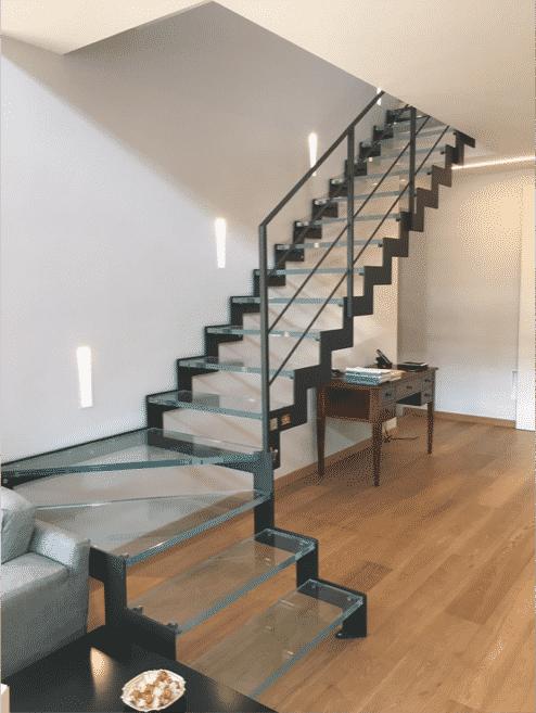 escalier-en-verre-c-transparence