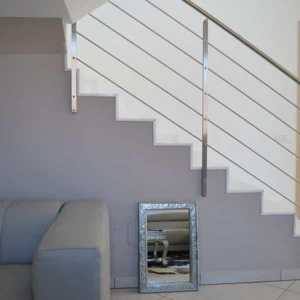 rampe moderne pour escalier en inox