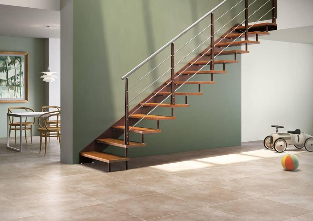 escalier droit en bois et metal
