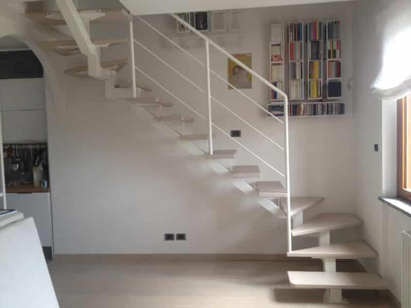 escalier quart tournant en structure métallique