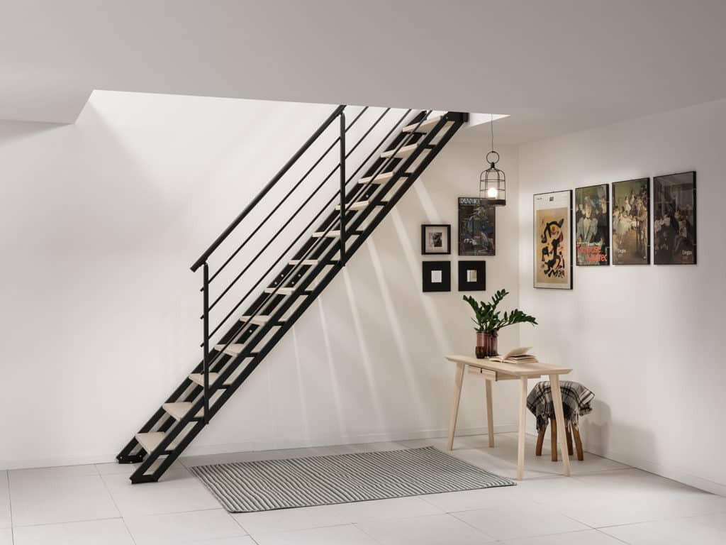 escalier escamotable noir style industtriel