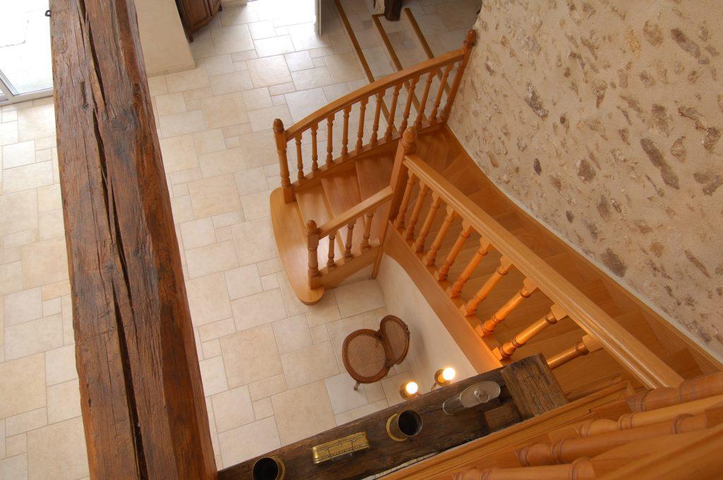 escalier quart tournant en bois moderne