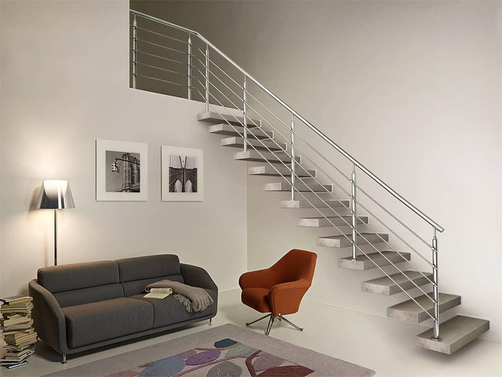 escalier sur mesure avec limon en métal et rambarde en inox