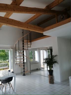 escalier en bois de la gamme c courbe